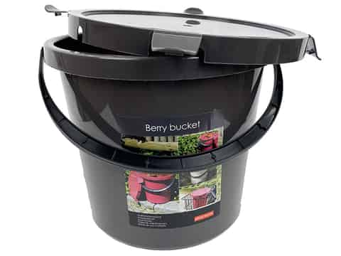10L bucket with a fastened lid gray. Berry at Wasserman.eu